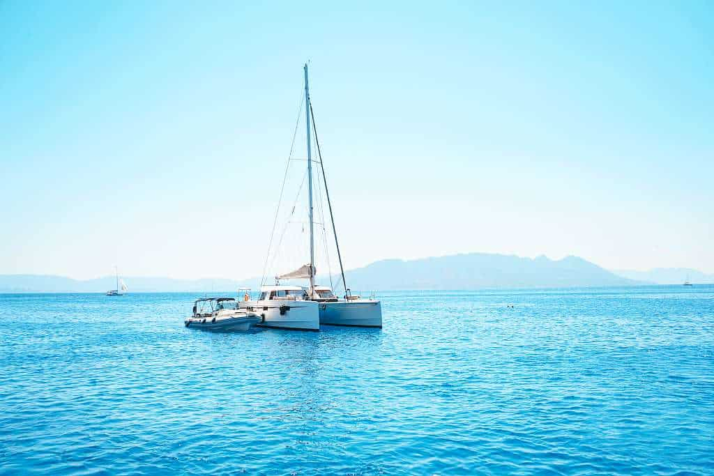 Sailing cross the Athens coast