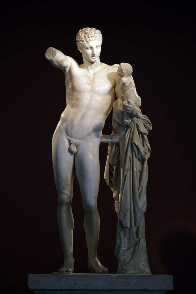 Hermes and the Infant Dionysus - Hermes of Praxiteles